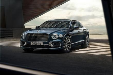 Bentley Flying Spur Saloon 4.0 V8 4dr Auto [City+Touring Spec] [4 Seat]